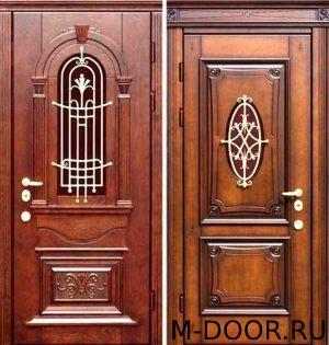 Стальная дверь с отделкой массив и ковкой