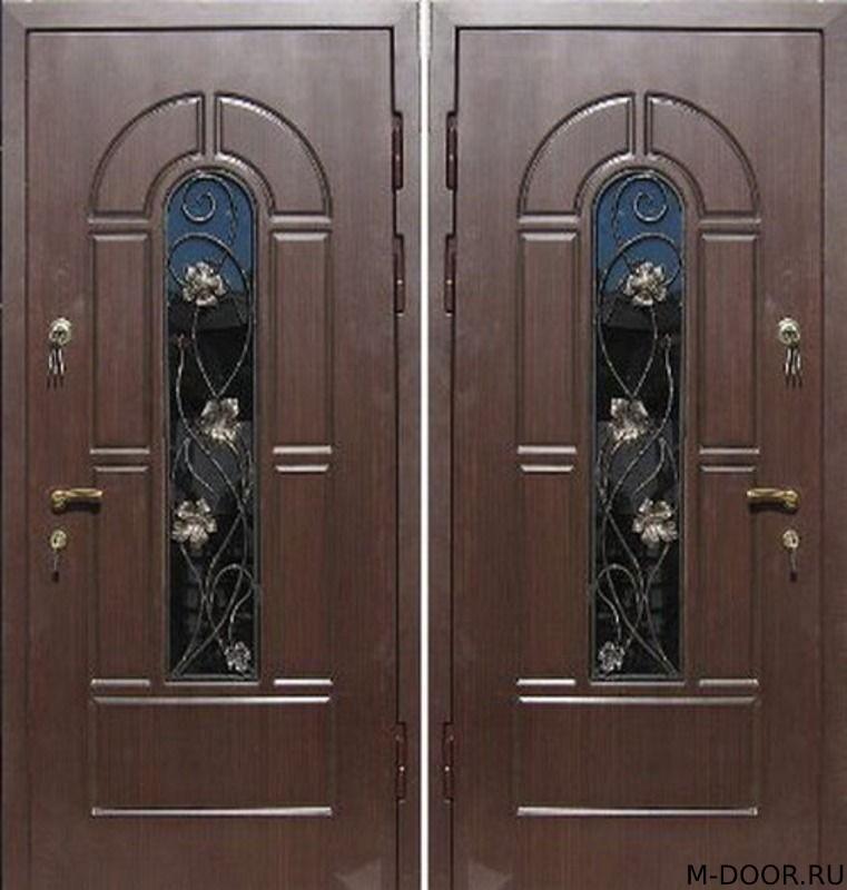 Металлическая дверь МДФ с ковкой и стеклом