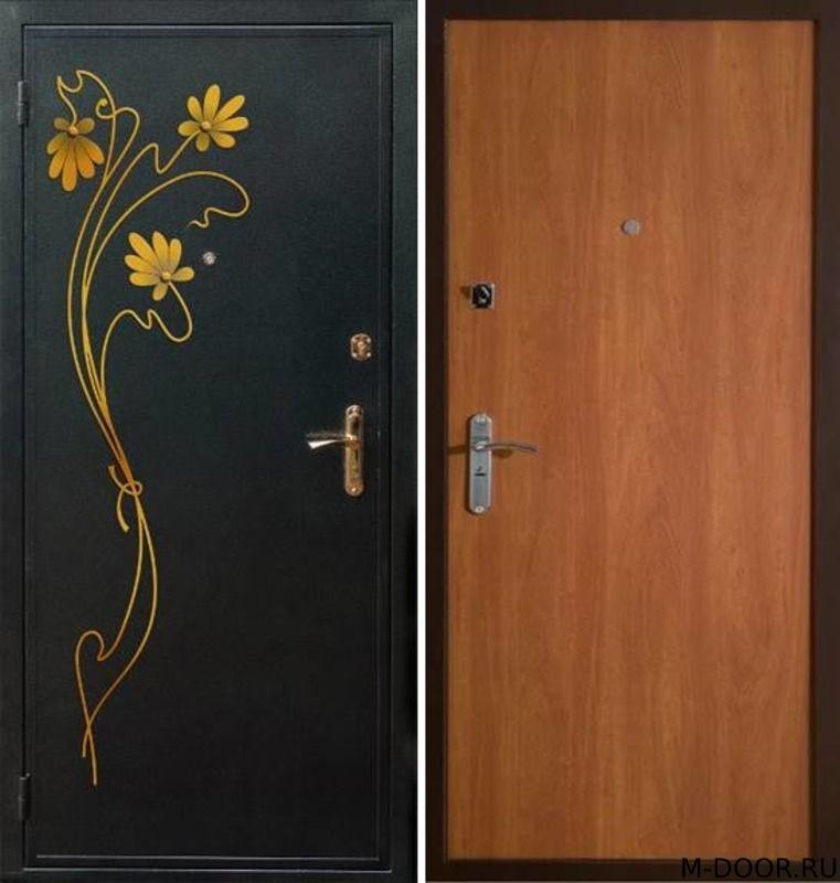 Стальная дверь порошковое напыление с ковкой и Ламинат
