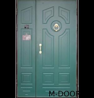 Двустворчатая металлическая дверь в подъезд с МДФ