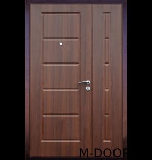 Стальная тамбурная дверь с МДФ и винилискожей 2