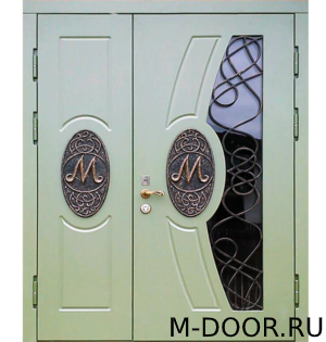 Входная стальная дверь в загородный дом Ренессанс МДФ с ковкой и стеклом 2